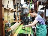 株式会社石福 | ◇設立82年の絹織物メーカー ◇お子さんの行事がある日など気軽に休める柔軟性ありの画像・写真